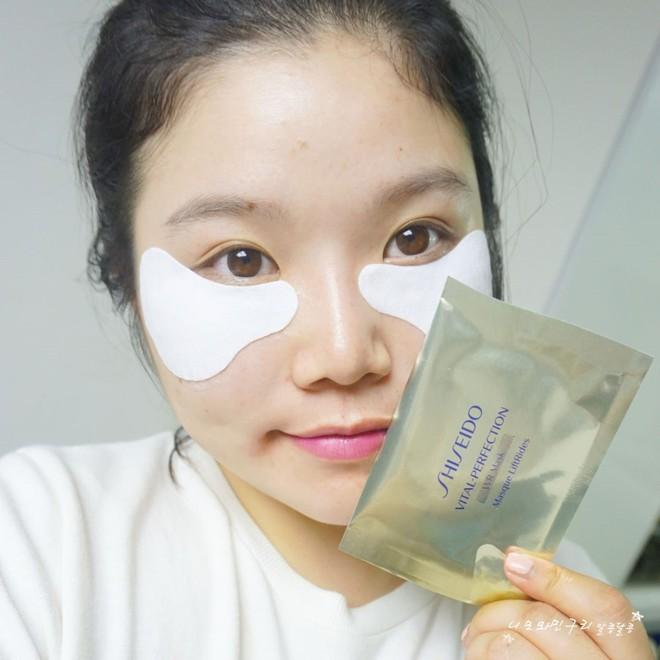 5 loại mặt nạ có tác dụng cải thiện rõ rệt vùng quầng thâm dưới mắt - Ảnh 4.