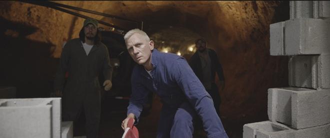 Điệp viên 007 Daniel Craig gây sốc với vai diễn gã tù bá đạo - Ảnh 3.