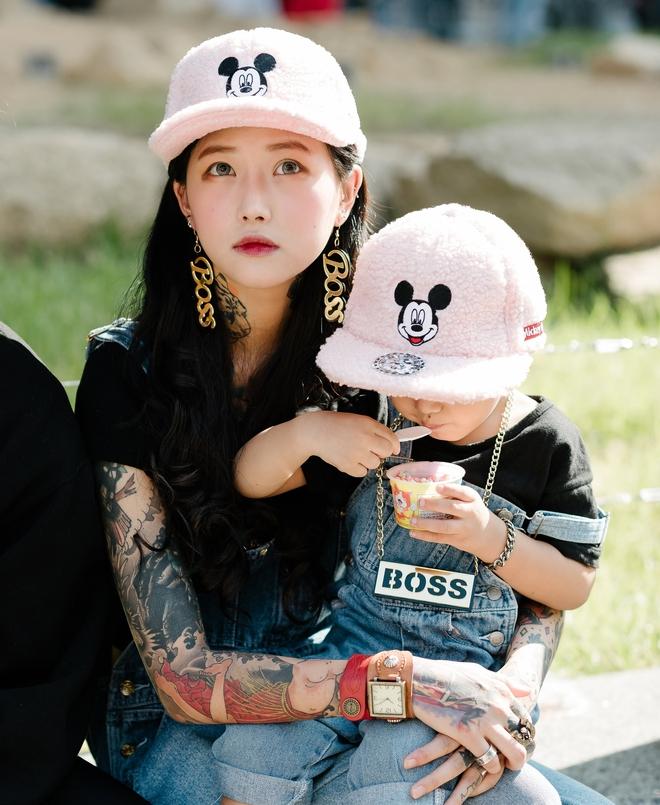 Ai là nhân vật đứng phía sau những nhóc tỳ sành điệu tại Tuần lễ thời trang Seoul - Ảnh 17.