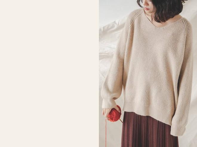 Để sắm áo len thật xinh diện trong mùa đông này, đừng bỏ qua 8 gợi ý dưới đây - Ảnh 22.