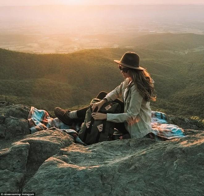Cô nàng xinh đẹp tiết lộ bí quyết chụp ảnh du lịch siêu xinh, siêu đơn giản cho hội chị em sống ảo - Ảnh 2.