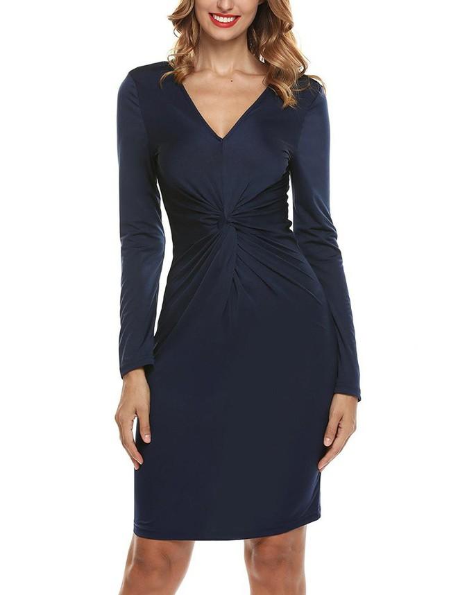 Các tín đồ mê mệt váy áo của Công nương Kate có thể dễ dàng tìm mua những thiết kế này với phiên bản mô phỏng chỉ vài trăm ngàn - Ảnh 8.