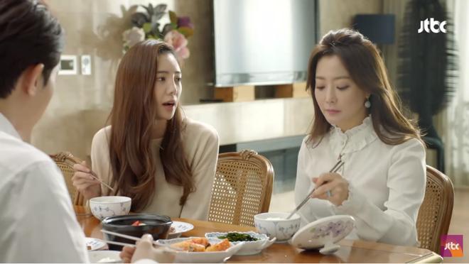 Ngưỡng mộ phong thái phu nhân của Kim Hee Sun, Kim Sun Ah bắt chước học theo - ảnh 6