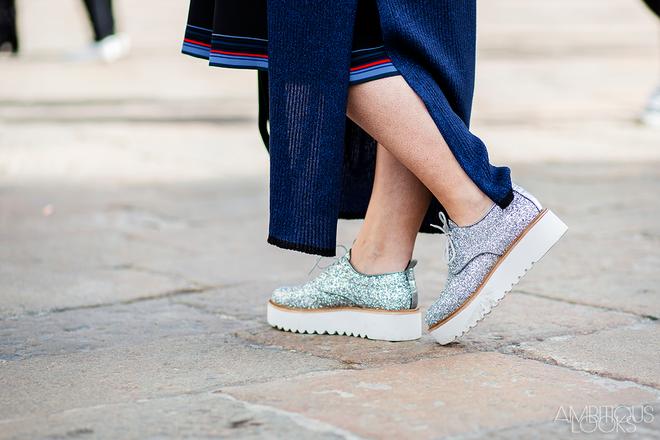 Xu hướng sneaker Thu/Đông 2017 đang khởi động với 4 mẫu giày này - Ảnh 13.