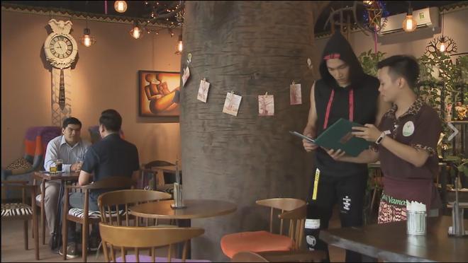 Ghét thì yêu thôi: Lỡ tạt nước vào mặt NSƯT Chí Trung, Vân Dung ái ngại đến xin lỗi - ảnh 3