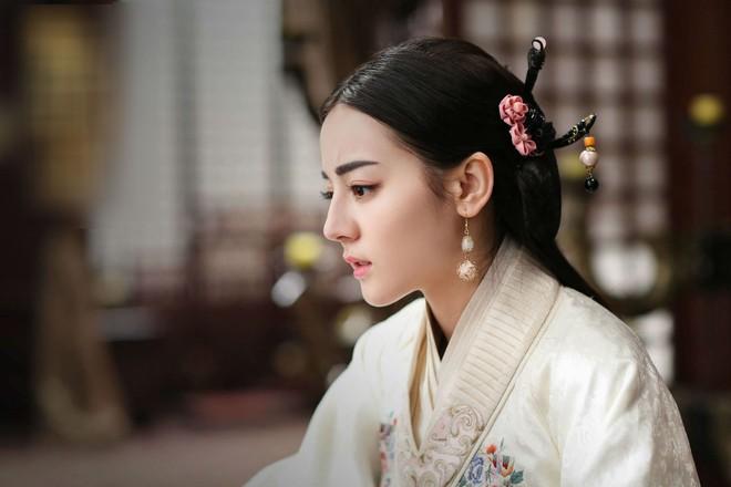 6 thủ pháp huyền bí người Trung Hoa xưa từng dùng để kiểm tra trinh tiết phụ nữ, trong đó có xem tướng mạo - Ảnh 1.