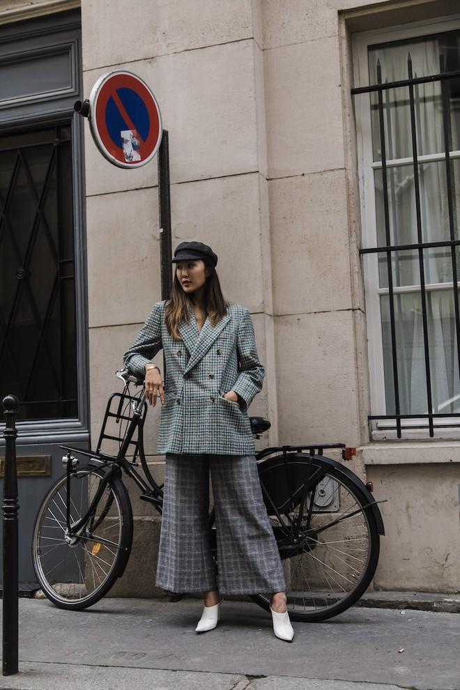 Càng cuối năm, street style của các quý cô Châu Á trông lại càng chất lừ và cực mãn nhãn - Ảnh 5.