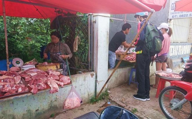 Thực hư chuyện thịt heo 100.000/3kg bán tràn lan khắp lề đường Sài Gòn - Ảnh 10.