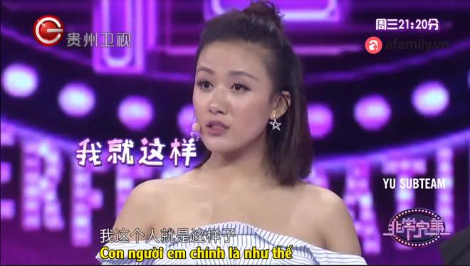Cô gái xinh đẹp gây sốc vì dám cãi tay đôi với khách mời Phi thường hoàn mỹ - Ảnh 4.