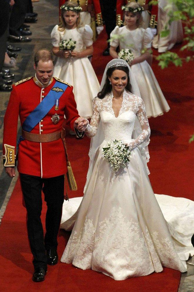 10 điều bí mật làm nên sức hút vượt trời gian của mẫu váy cưới mà Công nương Kate mặc  - Ảnh 8.