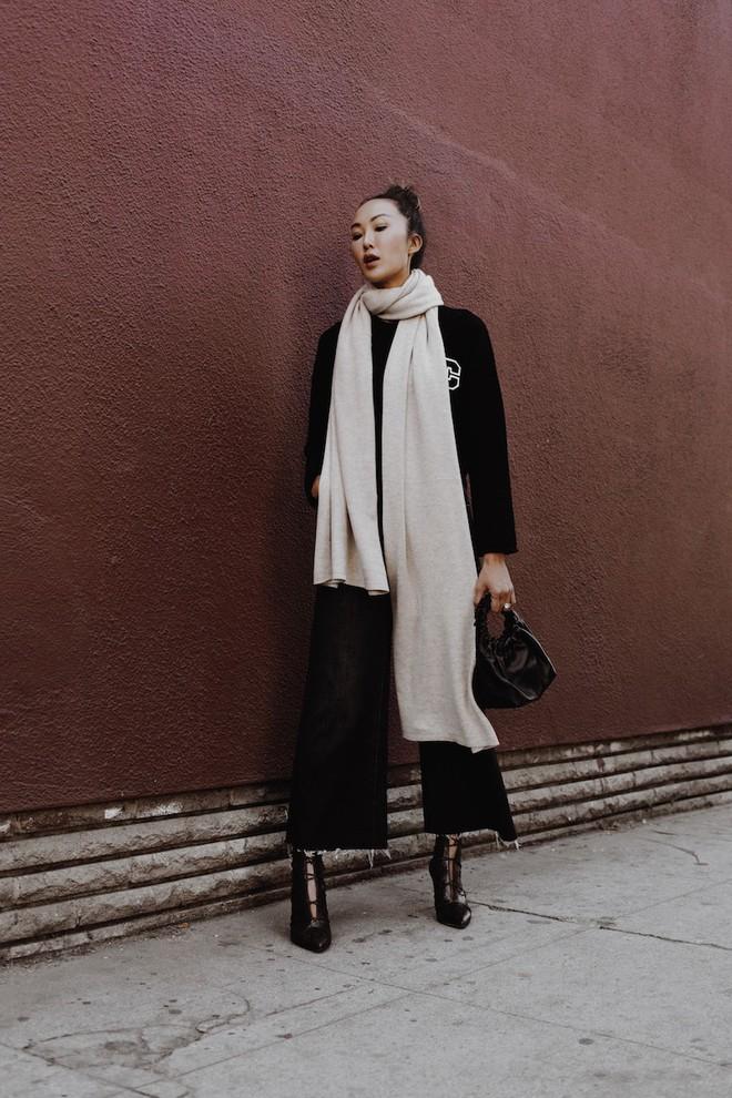 Muốn diện áo khoác kẻ thật đẹp, ắt hẳn bạn phải nghía qua street style Châu Á tuần này rồi - Ảnh 11.