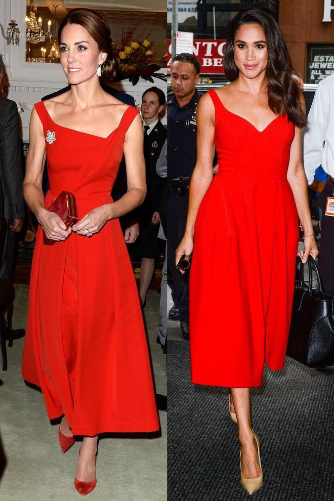 Có ai như chị em dâu nhà Hoàng gia Anh, Kate Middleton và Meghan Markle có tới 11 lần đụng váy - Ảnh 7.