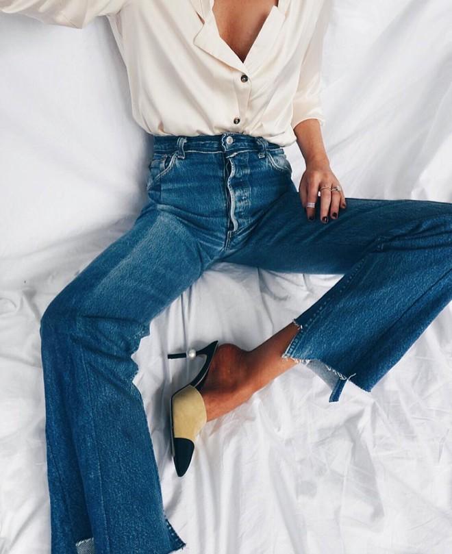 Từng kiểu quần jeans, diện cùng giày thế nào thì phải phép nhất - Ảnh 31.
