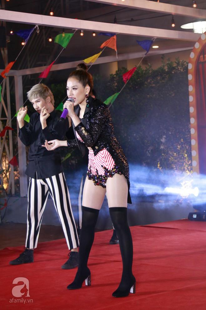 Ra mắt ca khúc mới, Chi Pu hát chồng chứ nhất quyết không hát live  - Ảnh 4.