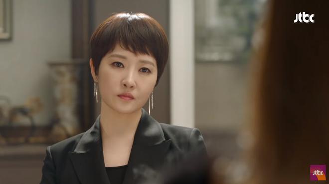 Ngưỡng mộ phong thái phu nhân của Kim Hee Sun, Kim Sun Ah bắt chước học theo - Ảnh 3.
