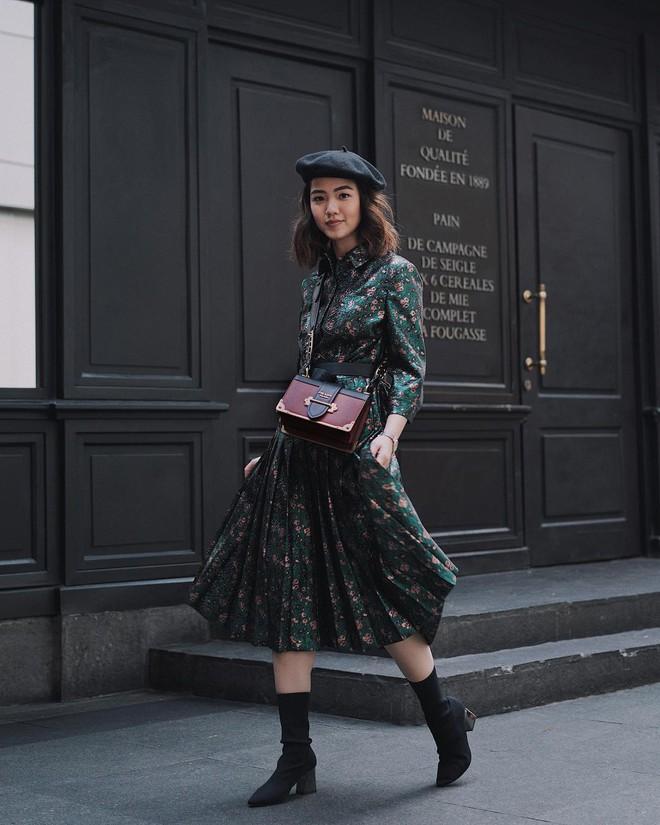 5 mẫu váy đang được các tín đồ thời trang châu Á diện nhiều nhất khi tiết trời se lạnh - Ảnh 8.