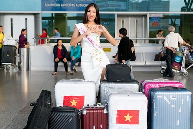 Đặt chân sang Mỹ tham dự Miss Universe 2017, Nguyễn Thị Loan đã mắc lỗi trang phục ngay ngày đầu tiên - Ảnh 3.