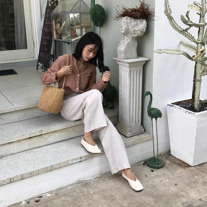 5 kiểu giày già nua và giải pháp thay thế để không biến bạn từ con dâu thành mẹ chồng - Ảnh 7.