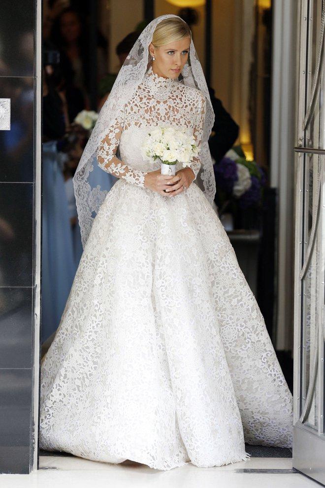 Mãn nhãn với những thiết kế váy cưới nổi tiếng nhất mọi thời đại - Ảnh 13.