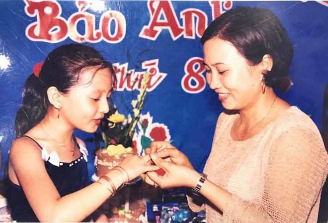Soi nhất cử nhất động của sao Việt (12/9) - Ảnh 10.