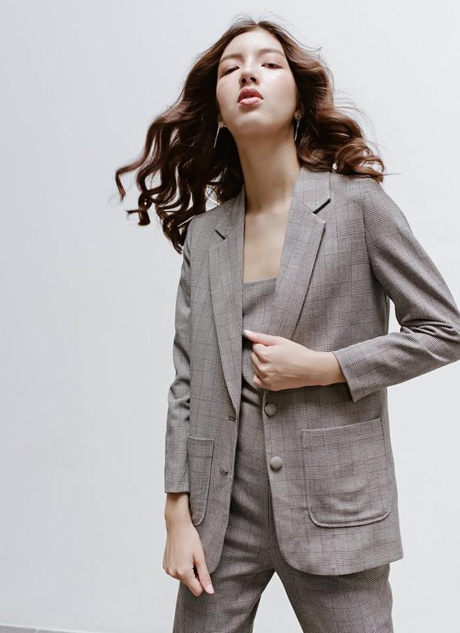 Những thiết kế blazer giá chưa quá 700 ngàn đến từ các thương hiệu Việt bạn cần sắm ngay trong thu này - Ảnh 14.