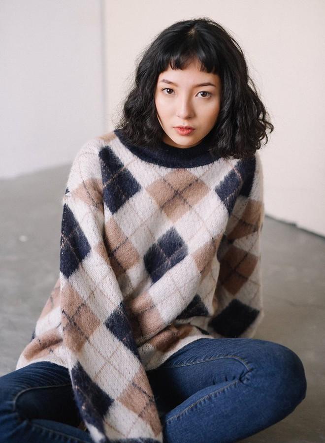 Để sắm áo len thật xinh diện trong mùa đông này, đừng bỏ qua 8 gợi ý dưới đây - Ảnh 33.