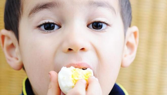 Cho trẻ ăn 1 quả trứng mỗi ngày và điều bất ngờ sẽ xảy ra - Ảnh 3.