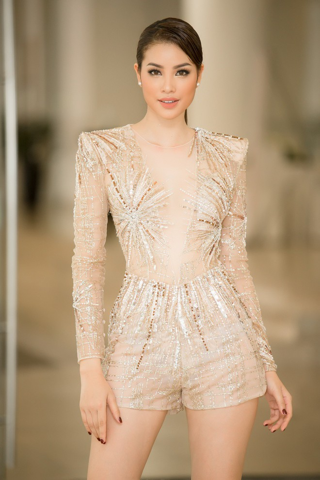 Phạm Hương và 3 phong cách hoàn toàn khác nhau từ The Face, Hoa hậu hoàn vũ 2017 đến The Look - Ảnh 8.