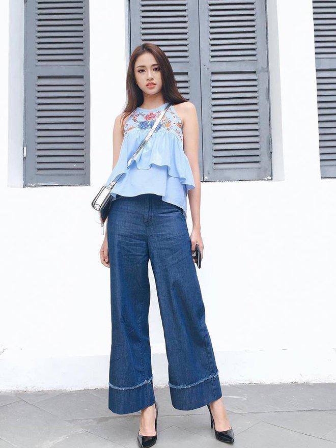 Street style sao Việt: Hoa hậu Thu Thảo diện dép tông giản dị để lộ vóc dáng gầy nhẳng sau khi cưới - Ảnh 19.
