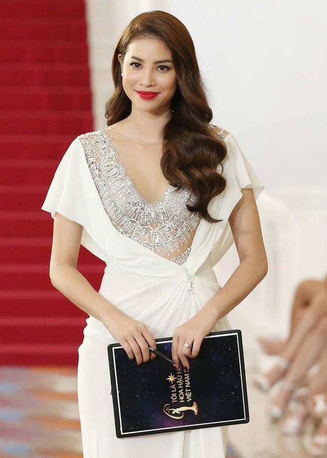 Phạm Hương và 3 phong cách hoàn toàn khác nhau từ The Face, Hoa hậu hoàn vũ 2017 đến The Look - Ảnh 14.