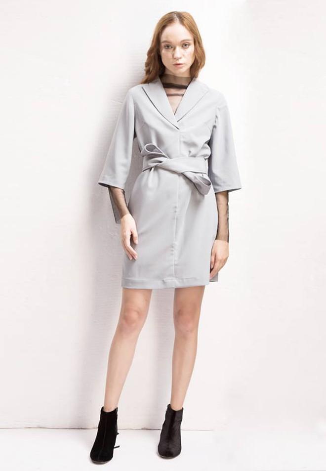 Đón thu ngọt ngào cùng những thiết kế váy liền tay lỡ mà giá chưa đến 700 ngàn đến từ các thương hiệu Việt - Ảnh 10.