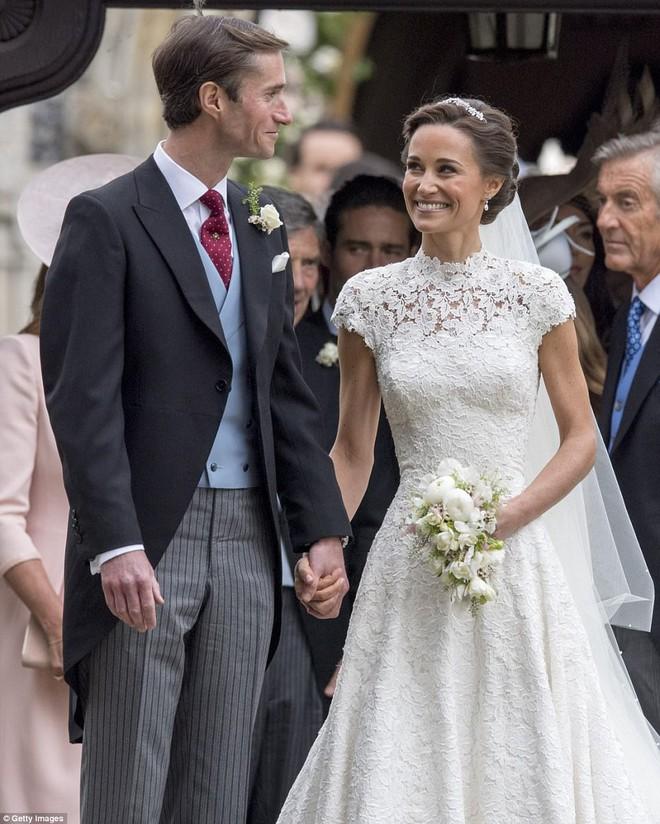 Sang năm mới cưới, nhưng đã có loạt dự đoán về chiếc váy mà hôn thê của Hoàng tử Harry sẽ mặc  - Ảnh 3.
