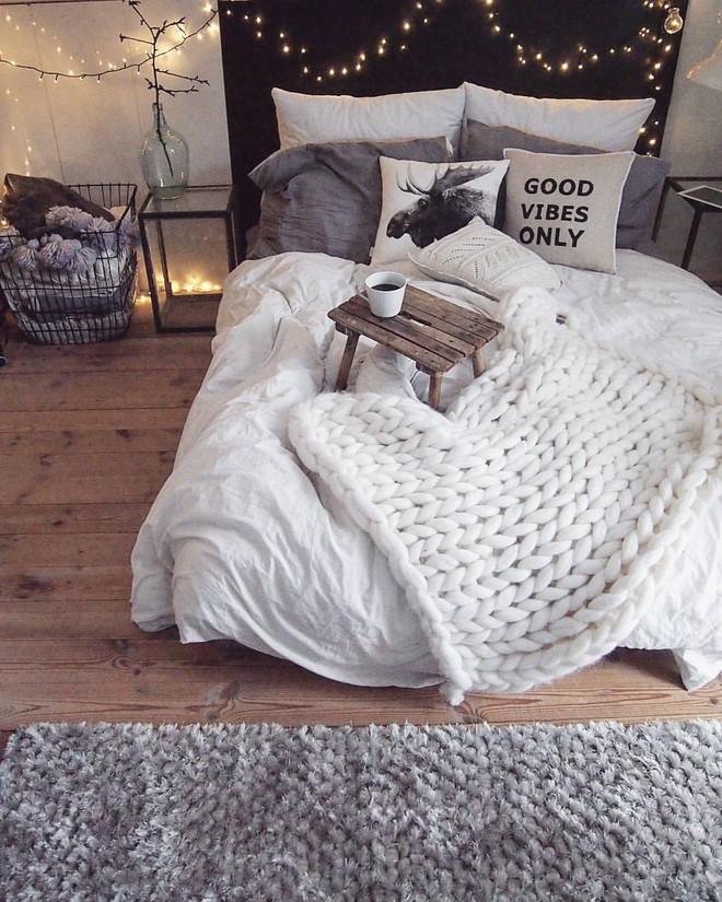 Những mẫu phòng ngủ mùa đông nhìn là thấy ấm - Ảnh 11.