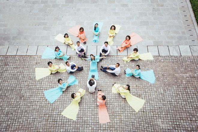 Bộ ảnh kỷ niệm 20 năm hội bạn thân Hà Nội sẽ khiến ta thầm mong một tình bạn như thế - Ảnh 10.