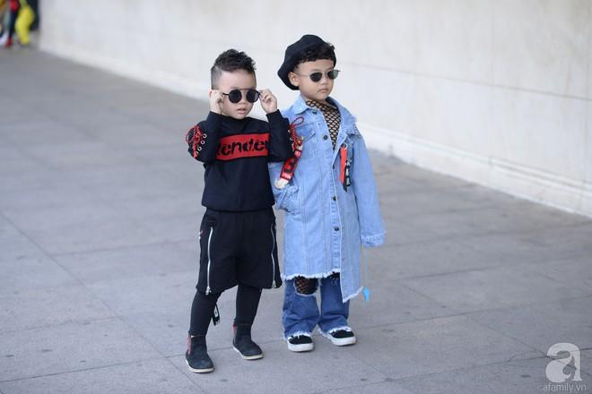 Tổng kết VIFW: Nổi bật nhất là street style vừa cool ngầu vừa yêu của loạt fashionista nhí  - Ảnh 5.