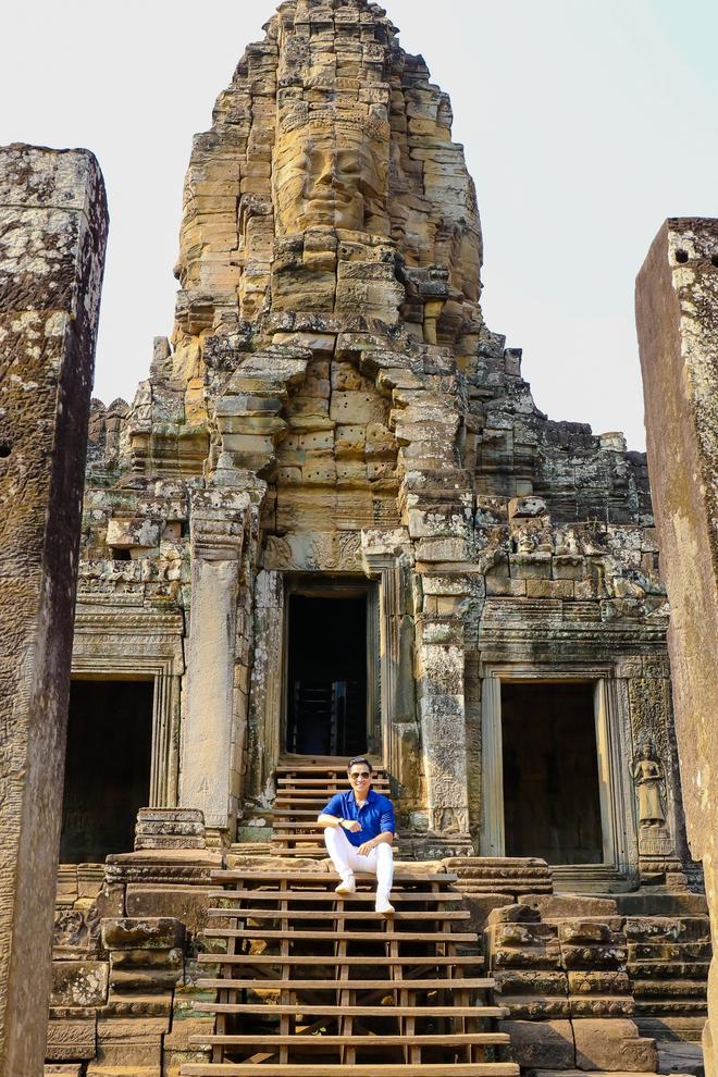 Nguyên Khang thích thú du lịch bụi, lê la vỉa hè ở Campuchia - ảnh 3