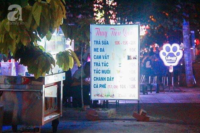 Cận cảnh phố ẩm thực đầu tiên ở Sài Gòn khiến giới trẻ phát cuồng - Ảnh 12.