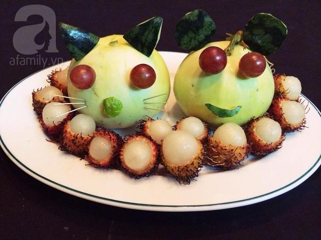 Bày mâm cỗ tết Đoan Ngọ đẹp mắt với hoa quả đang mùa - Ảnh 2.