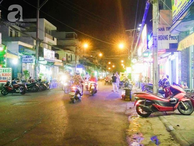 Cận cảnh phố ẩm thực đầu tiên ở Sài Gòn khiến giới trẻ phát cuồng - Ảnh 11.