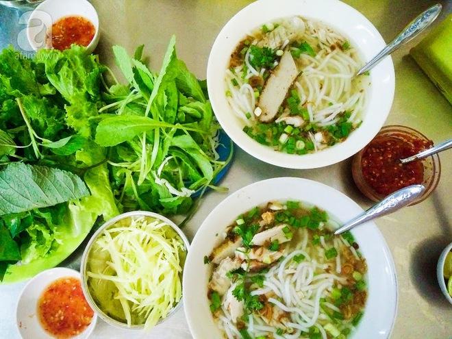 Cận cảnh phố ẩm thực đầu tiên ở Sài Gòn khiến giới trẻ phát cuồng - Ảnh 5.