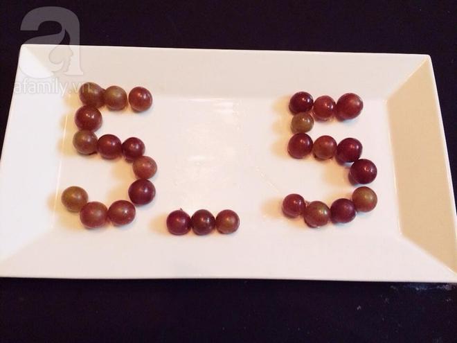 Bày mâm cỗ tết Đoan Ngọ đẹp mắt với hoa quả đang mùa - Ảnh 4.