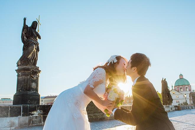 Cặp đôi Việt kiều Séc tỏ tình lãng mạn trên tuyết, chụp ảnh cưới hẹn hò trong… phòng giải phẫu - Ảnh 7.