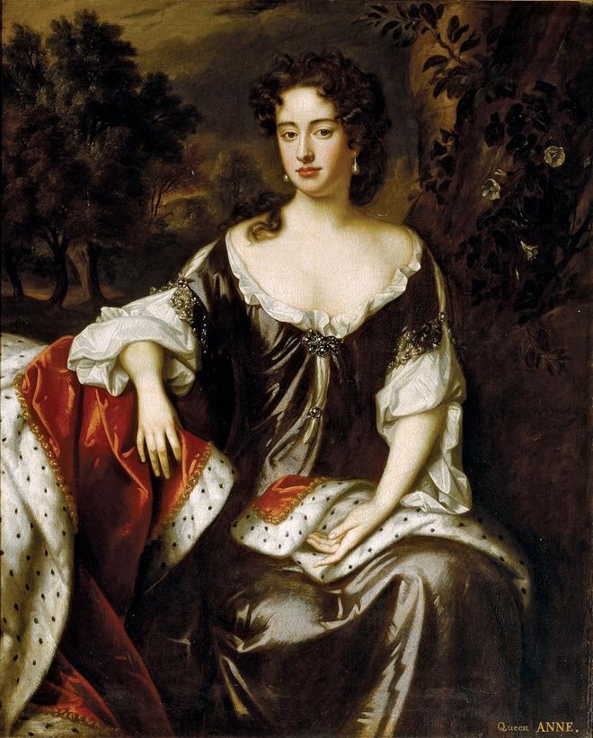 Nữ hoàng bi kịch nhất Vương quốc Anh: 17 lần mất con, bị người tình đồng tính nguyền rủa, chết vì bệnh béo phì - Ảnh 3.