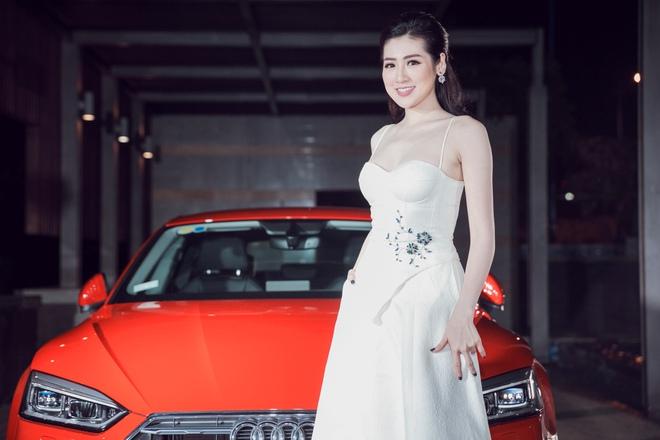Thanh Hằng diện váy cúp ngực đỏ quyến rũ khoe chân dài, ngực đầy - Ảnh 5.