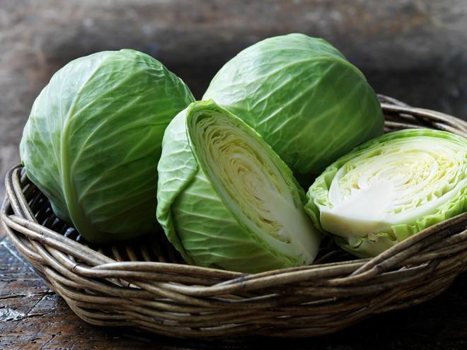 Không muốn đau nhức xương khớp vào mùa lạnh, hãy trang bị ngay loại rau mùa này dồi dào ngay trong nhà - Ảnh 1.