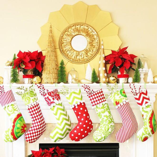 Trang trí nhà đón Noel bằng những chiếc tất - vừa lạ, vừa dễ thương, vừa dễ làm - Ảnh 6.