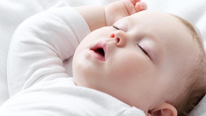Lịch trình 2 tuần luyện ngủ cho con theo hướng dẫn của chuyên gia giấc ngủ - Ảnh 1.