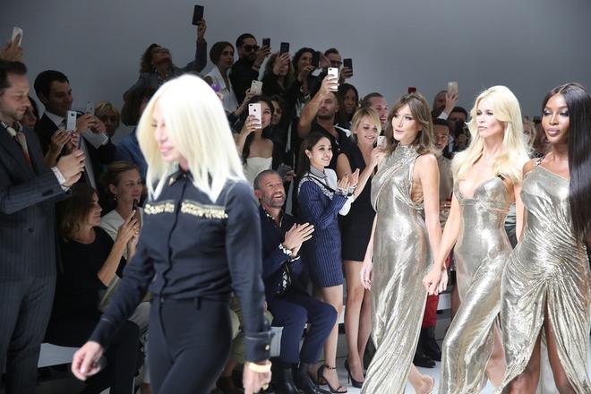 Lưu Thi Thi diện đồ ngầu, để tóc ngắn tua tủa nổi bật tại Tuần lễ thời trang Milan - Ảnh 5.