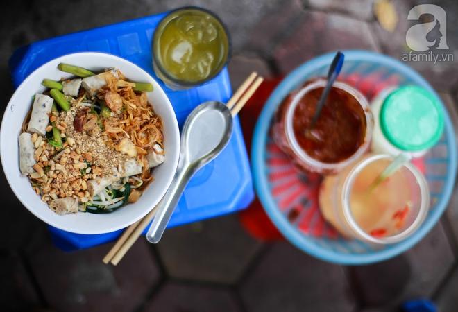 6 quán bánh đa trộn cực ngon, giá chỉ khoảng 30 ngàn cho bữa trưa hè nóng nực Hà Nội