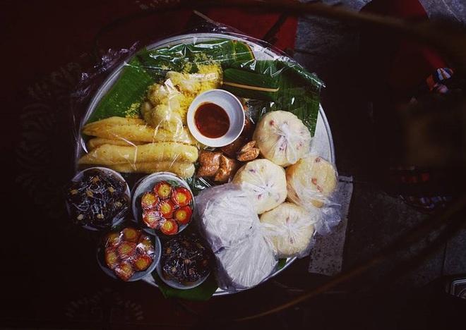 7 món bánh dân dã sống mãi với tuổi thơ của bao thế hệ người Việt - Ảnh 1.